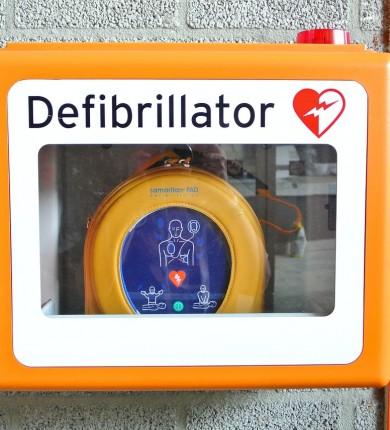defibrillator-809448_1280